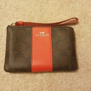 Coach Small Corner Zip Wallet Wristlet